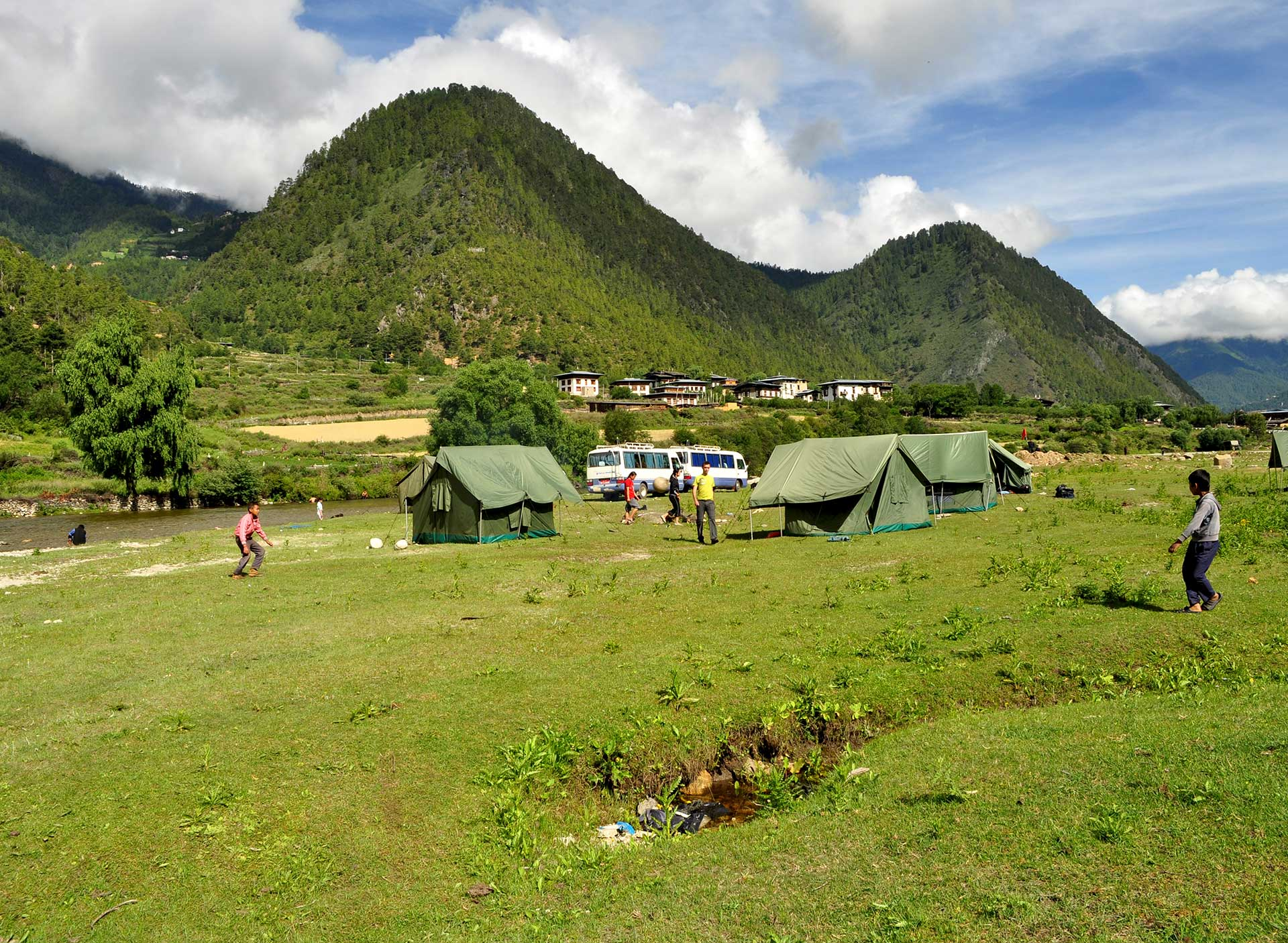 Central-Bhutan-&-Haa-valley-tour